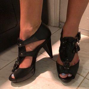 ♦️SALE♦️EQIQ Black Sandals 7M